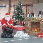 Коледна работилница отваря врати в училище