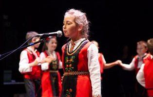 """Сладкогласната Йоана пак спечели награда от конкурса """"Аз съм българче"""""""